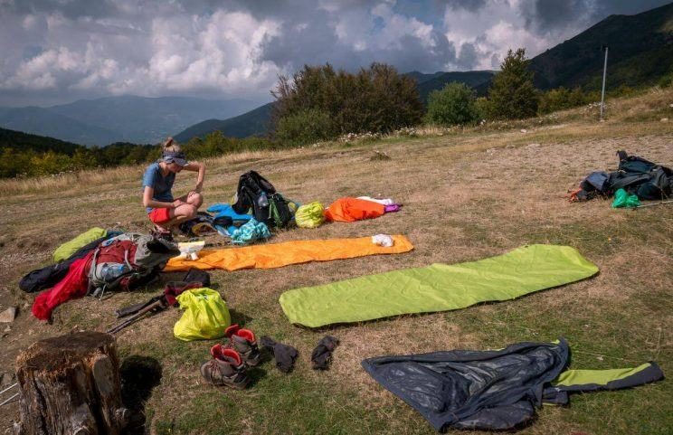 Otevřená kniha a ráj na zemi u jezera Nero